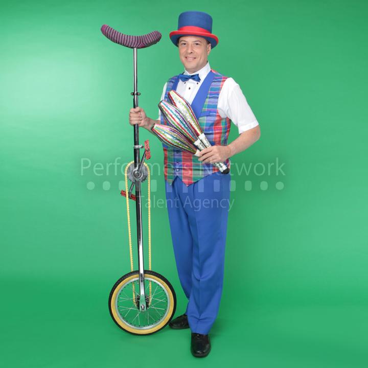 デビット・ラムゼイ|一輪車